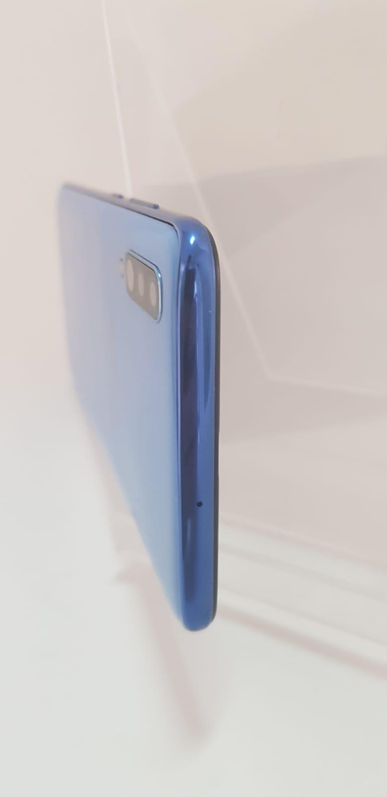 Samsung Galaxy A70 #4